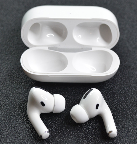 Airpods 3b 2