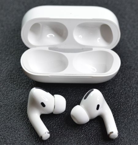 Airpods 3b.png